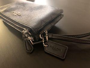 Black Coach Wallet / Wristlet for Sale in San Diego, CA