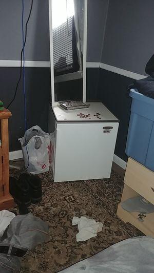 Mini fridge for Sale in Bensalem, PA