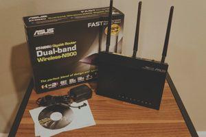 Asus RT-N66U Dark Knight WiFi Router for Sale in Buckley, WA