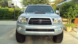 Lucky Day 2008 Toyota Tacoma FWDWheelssss for Sale in New York, NY