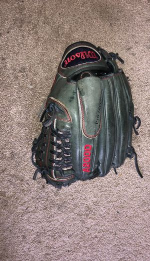 Cj Wilson a2000 baseball glove for Sale in Plainfield, IL