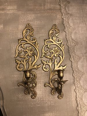Set of two very antique ornate brass scones for Sale in Bristow, VA