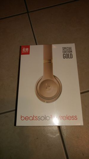 Beats Solo 3 Wireless Gold for Sale in Tampa, FL