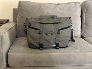 Tenba Large Crossbody Messenger Camera Bag for Sale in Beaumont, TX