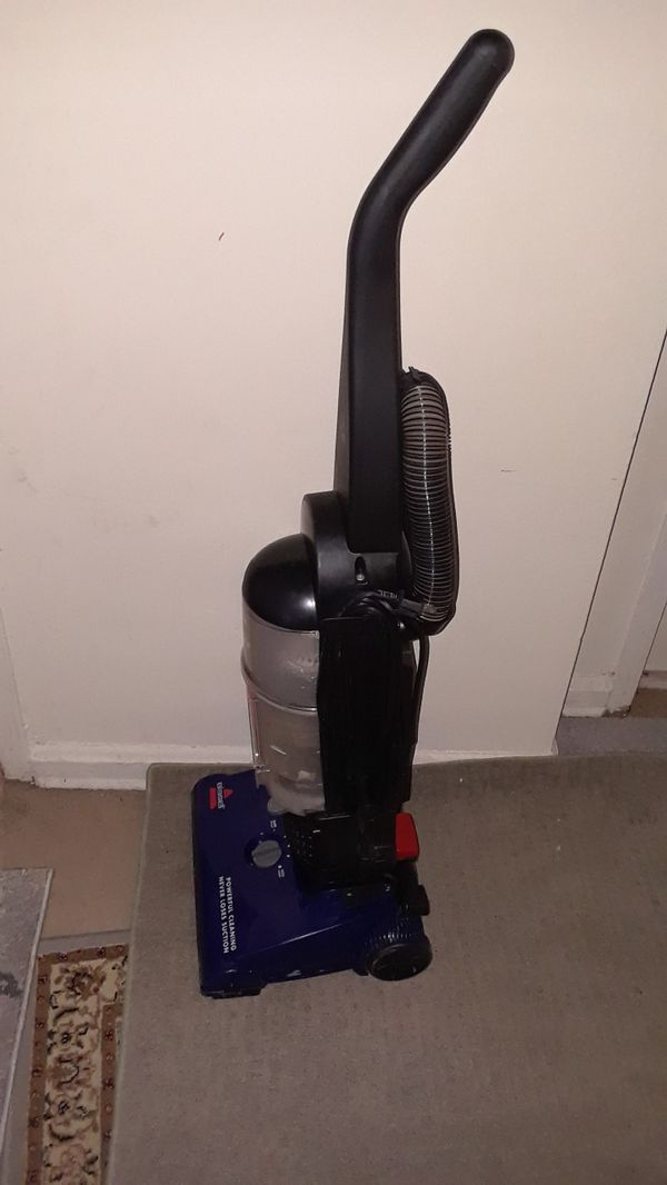 Vacuum BISSELL excellent condition