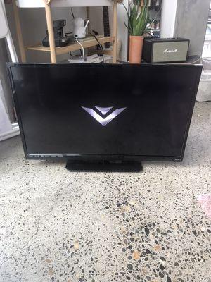 """32"""" Vizio TV for Sale in Portland, OR"""