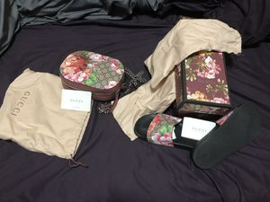 Gucci Bloom bag and sandals for Sale in Dallas, TX