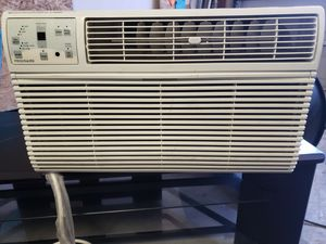 Refrigerated AC Window Unit for Sale in El Paso, TX