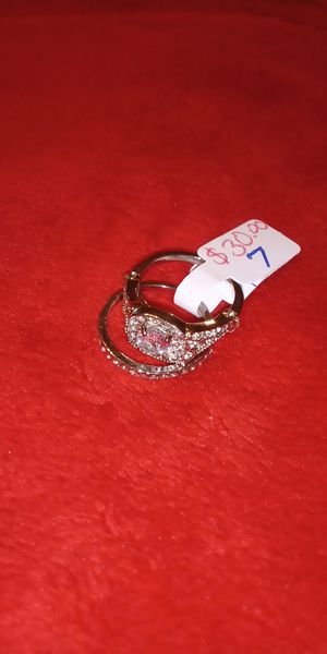 Beautiful rings size 7 new $30 for Sale in Norfolk, VA