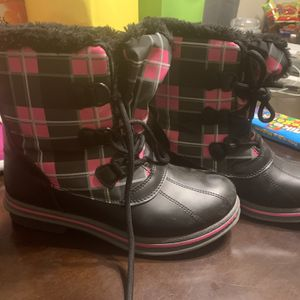 Girls Snow Boots for Sale in Clovis, CA