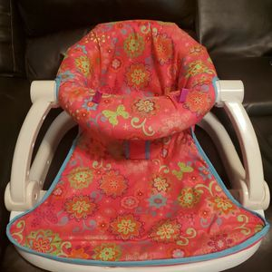 Baby Sit Me Up Chair for Sale in Arlington, TX