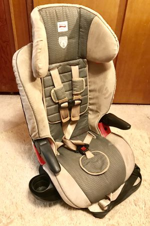 Britax Frontier click tight 2009 Car Seat Harness 2 Booster for Sale in Seattle, WA