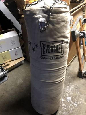 Punche bag 30 for Sale in Baraboo, WI
