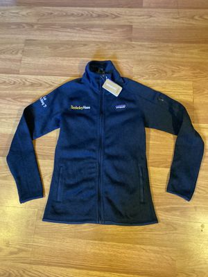 Patagonia women's best sweter sz XS new condition for Sale in Oakland, CA
