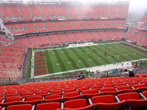 Browns va Steelers Thursday night game for Sale in New Franklin, OH