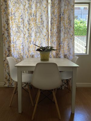 White wooden table for Sale in Arcadia, CA