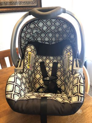 Baby Trend Infant Car Seat without base for Sale in Kissimmee, FL