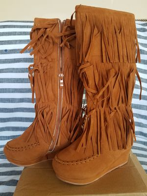 Brand New - Faux Suede fringe boots - little girls / Size 11 for Sale in Lorton, VA
