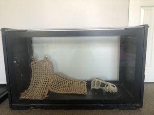 Custom 40 gallon Reptile Terrarium / Tank for Sale in Santa Maria, CA