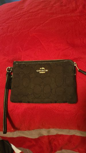 Coach wallet for Sale in Stickney, IL