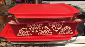 Miscellaneous pyrex dishes/ casserole dish with lids for Sale in Tampa, FL