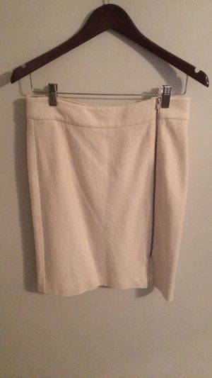 Banana Republic Straight White Lined Pencil Skirt Size 4 Full Side Zipper for Sale in Arlington, VA