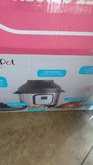 Instant pot duo crisp + airfryer (new) for Sale in Las Vegas, NV