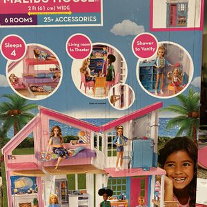 Malibu 6 Room Doll House New In Box Retails At Target $197 ❤️asking Only $89 Great Gift. Box Never Opened. Thomas And 48th st. Phx for Sale in Phoenix, AZ