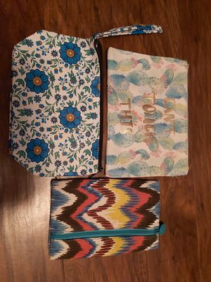3 small cosmetic bags for Sale in Knoxville, TN
