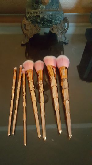 Miss Lil ( Makeup brush set) for Sale in Chino, CA