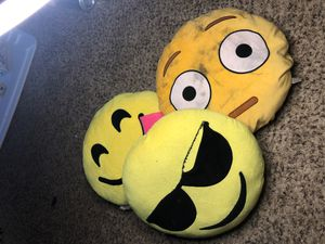 3 set of Emoji plushies for Sale in Mesa, AZ