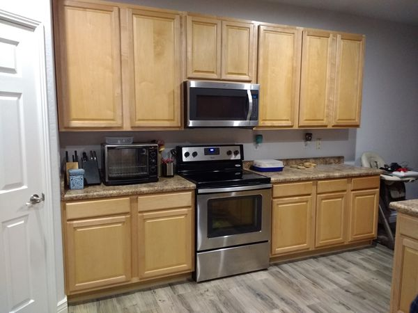 Complete Kitchen Cabinets Maple For Sale In Surprise Az Offerup