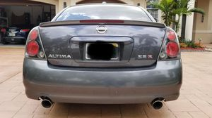 Nissan Altima manual coupe for Sale in Coral Springs, FL