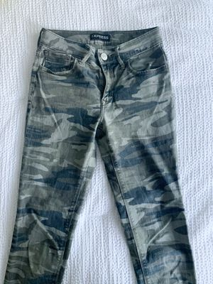 EXPRESS camo jeans for Sale in Marysville, WA