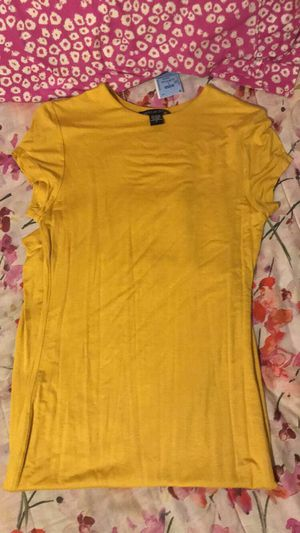 Long dress yellow for Sale in San Antonio, TX