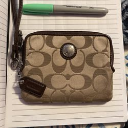 Coach Wristlet Wallet And Key Holder for Sale in Murray,  UT