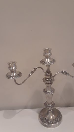 "Vintage 18"" x 17 "" 3 arms candelabra for Sale in Delray Beach, FL"