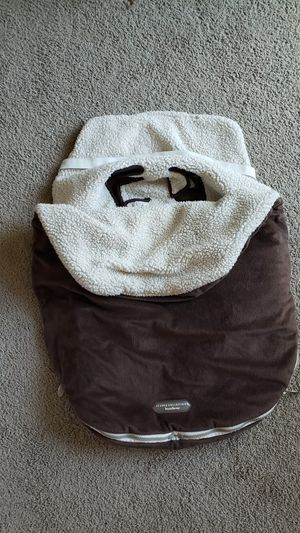 Bundle me infant car seat insert for Sale in Auburn, WA