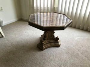 end table for sale for Sale in Douglass, KS