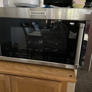 Kitchen aid Stainless Steel Over The Stove New Microwave for Sale in Tracy, CA