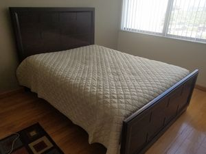 Queen size bedroom set for Sale in North Miami Beach, FL