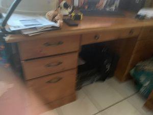 Desk for Sale in Medley, FL