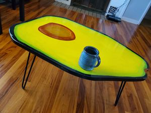 Avacado Table (Coffee Table) for Sale in Wenatchee, WA