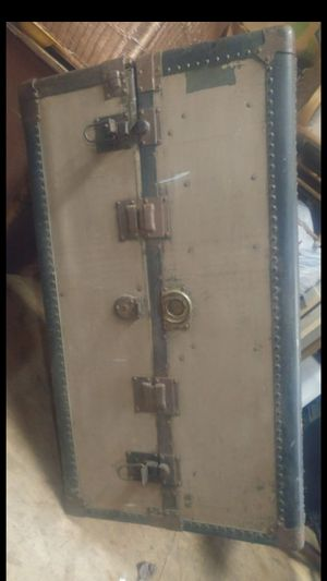1920s Steamer Wardrobe-trunk for Sale in Mount Olive, AL
