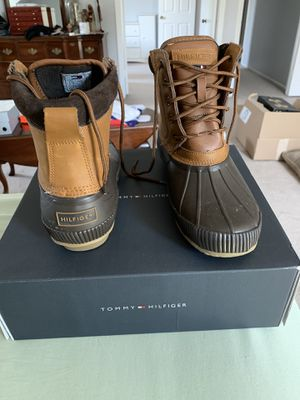 Tommy Hilfiger rain boots NEW Size 9 for Sale in Chantilly, VA