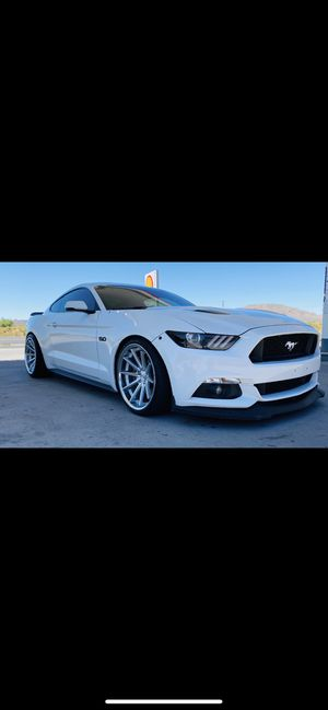 2015 Ford Mustang Gt premium for Sale in Las Vegas, NV