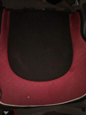 Toddler booster seat for Sale in Opa-locka, FL