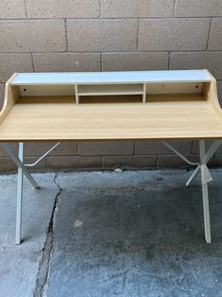 Table (Study Table) for Sale in Long Beach,  CA
