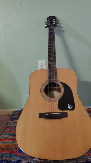 Epiphone; Model- DR- 100 NA for Sale in Lynwood, CA