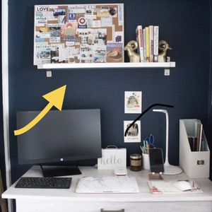 White Wall Shelf With Metal Brackets for Sale in Los Angeles, CA